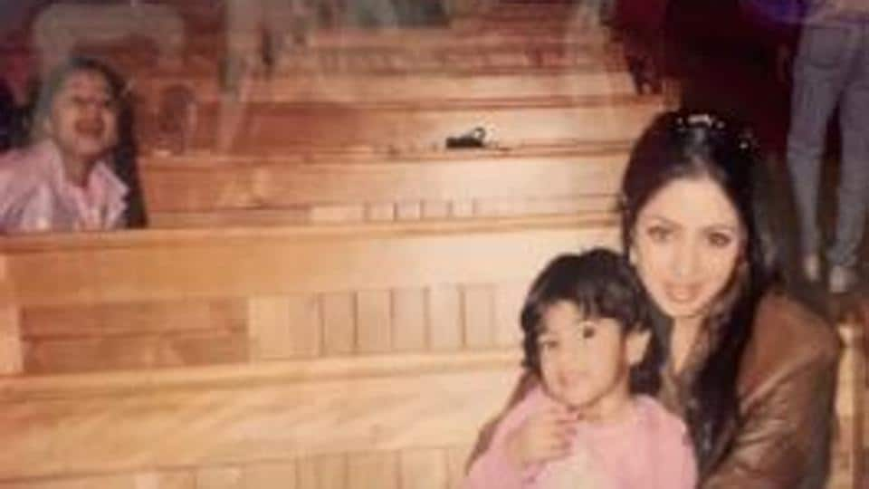 Janhvi Kapoor's throwback picture features her with mother Sridevi and sister Khushi.