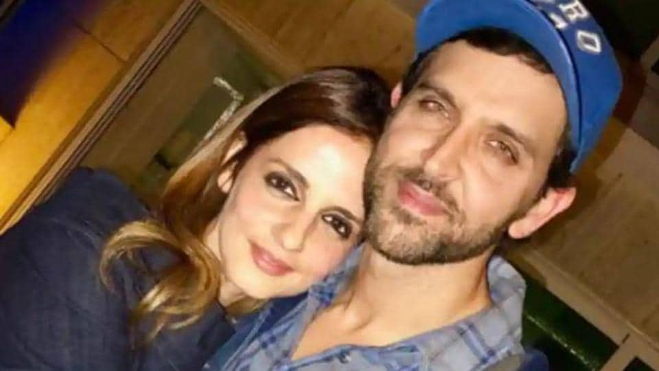 Hrithik Roshan poses with Sussanne Khan.