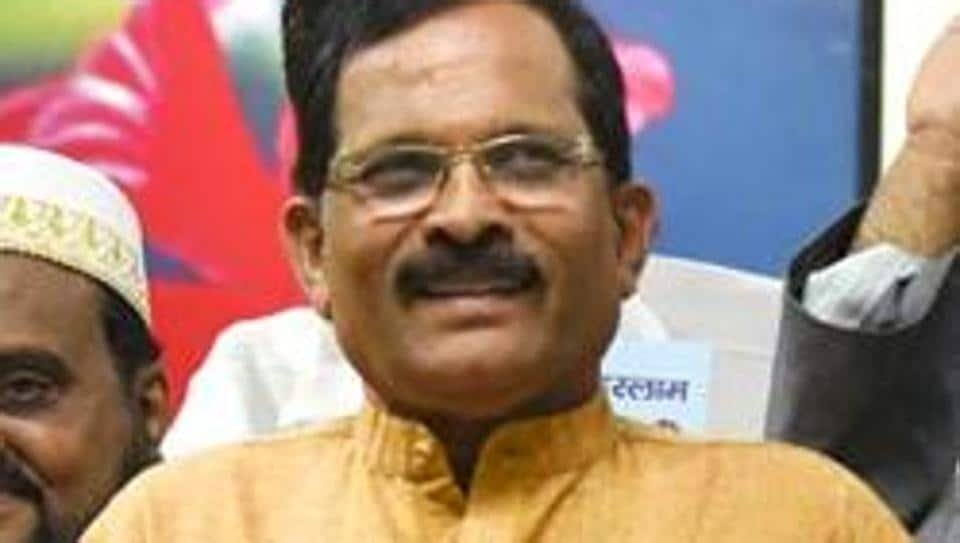 Minister of State for AYUSH, Shripad Naik said he is hopeful that traditional medicines will show the way to overcome the Covid-19 pandemic.