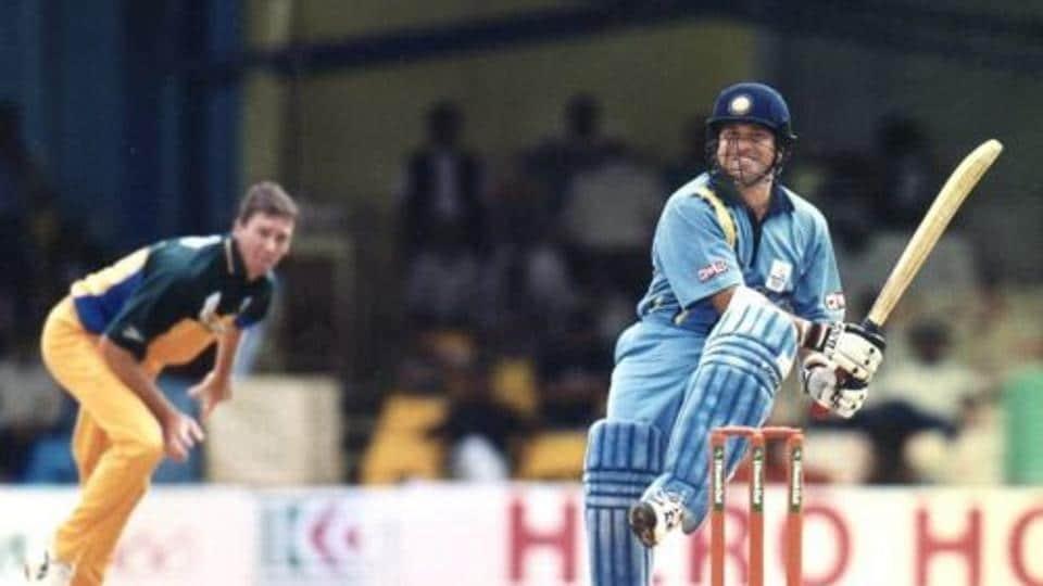 Sachi Tendulkar against Glenn McGrath in ICC Knockout Trophy in 2000