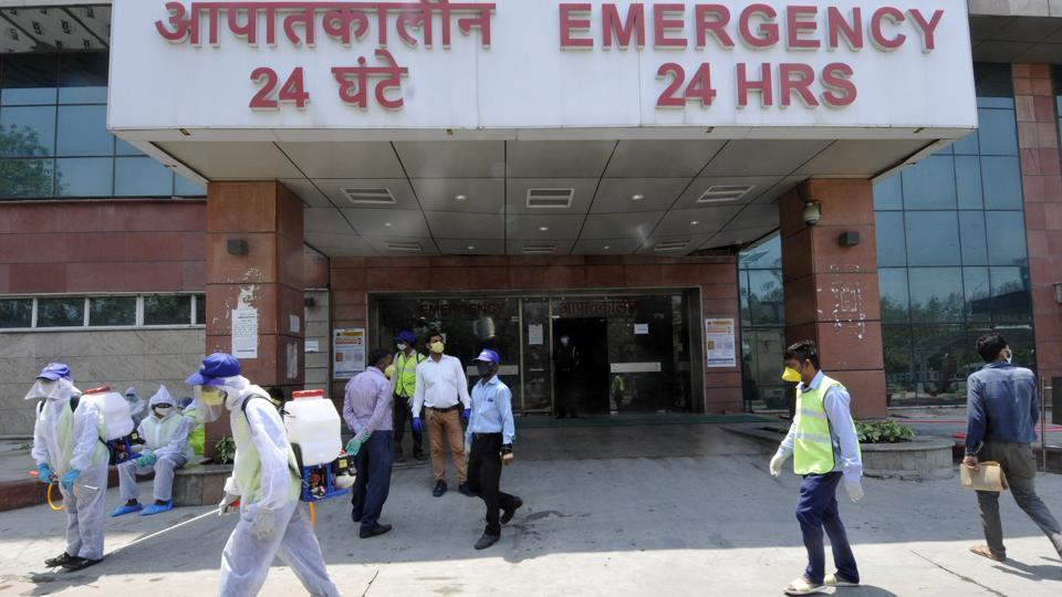 The hospital authorities said that the man's test results showed him Covid-19 positive at around 8 pm on Friday and he died at 10.36 pm of cardio-respiratory failure, the hospital authorities said.