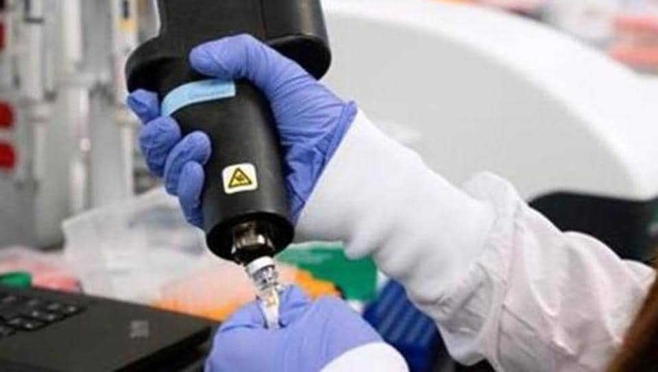 File photo: A scientist at RNA medicines company Arcturus Therapeutics research a vaccine for the novel coronavirus  at a laboratory in San Diego, California, US.