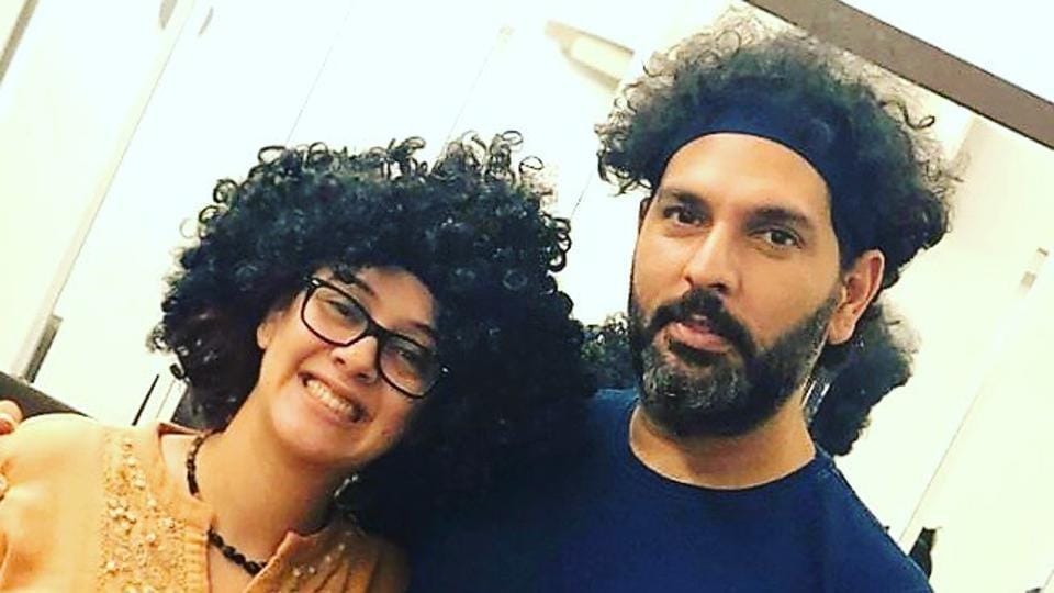 """""""I love your hair so much i decide to get the same hairdo!"""" Hazel Keech wrote in her post."""
