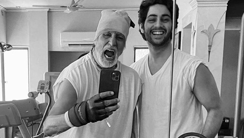 Amitabh Bachchan took to social media to share his workout picture with his grandson Agastya Nanda.
