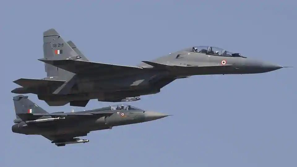 Dispelling speculation of the sound being a sonic boom caused by a Sukhoi aircraft breaking the sound barrier, Air Force officials and HAL authorities clarified that it was not either of their planes that caused the sound.