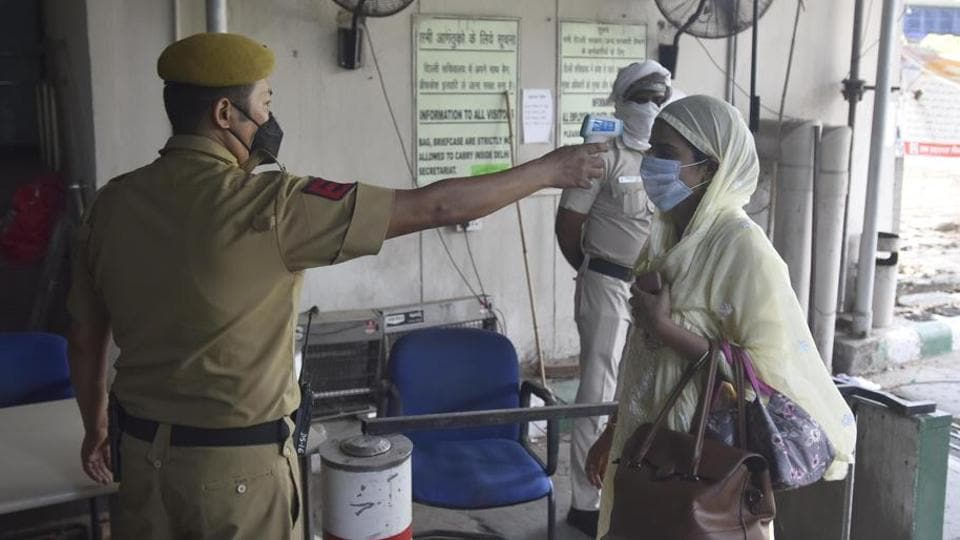In the last 24 hours, at least 442 coronavirus positive patients have recovered and been discharged from Delhi hospitals.