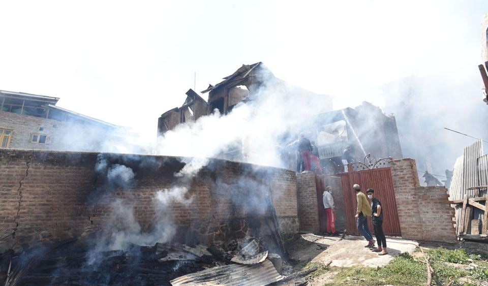 The houses were damaged in the blaze that erupted after several blasts and exchange of fire between militants and security forces during a 12-hour encounter in Nawa Kadal area of Srinagar on Tuesday.