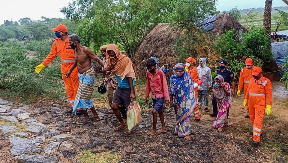 Late evening Prime Minister Narendra Modi's office announced that he would carry out aerial surveys of West Bengal and Odisha to assess the damage wreaked by the storm.