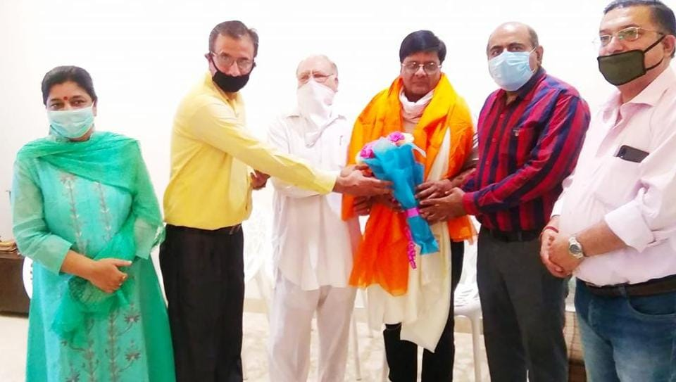 Bharatiya Janata Party workers felicitating newly appointed district president of Ludhiana, Pushpinder Singhal, on Friday.