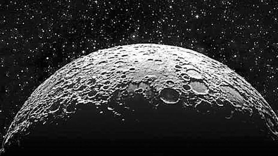 Isro decided to use anorthosite rocks from Sithampoondi and Kunnamalai villages in Tamil Nadu for its moon soil simulant.