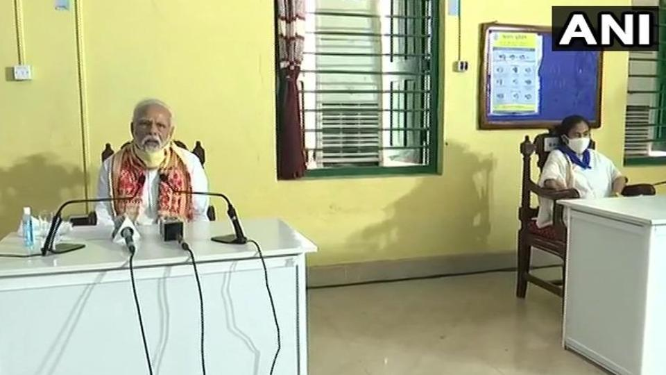 PMModi addresses media in Kolkata. (Photo ANI)