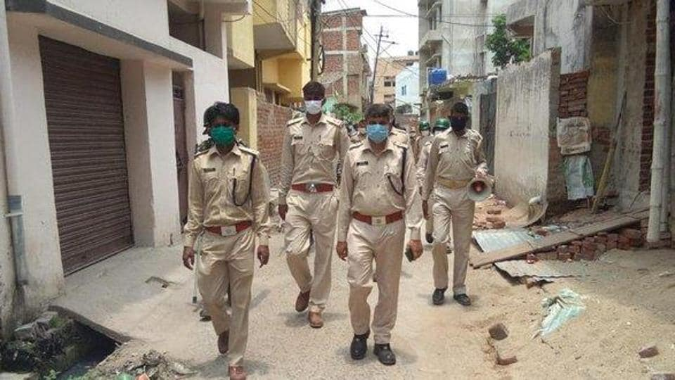 The incident took place at Sarukudar village in Hazaribag's Vishnugarh block around 5pm yesterday. However, police were informed about the incident around 10pm at night. (Photo @ranchipolice)