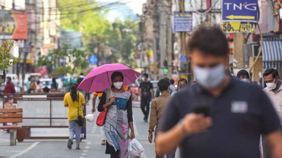 A view of Delhi' Karol Bagh market after lockdown restrictions were eased, on Thursday.