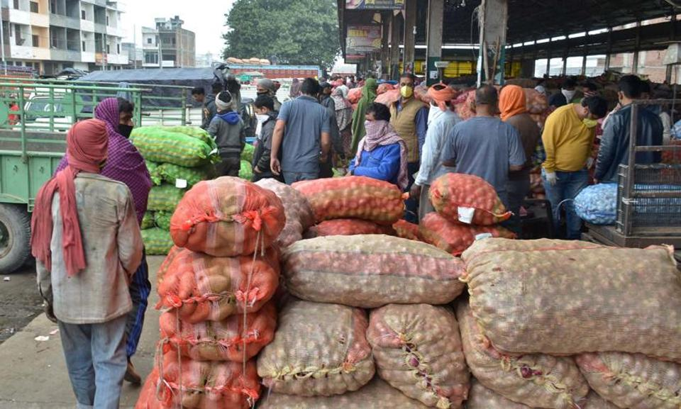 Following complaints of a huge gathering at the sabzi mandi, the administration had, on April 3, restricted the sale of vegetables and fruits in the mandi to three days.
