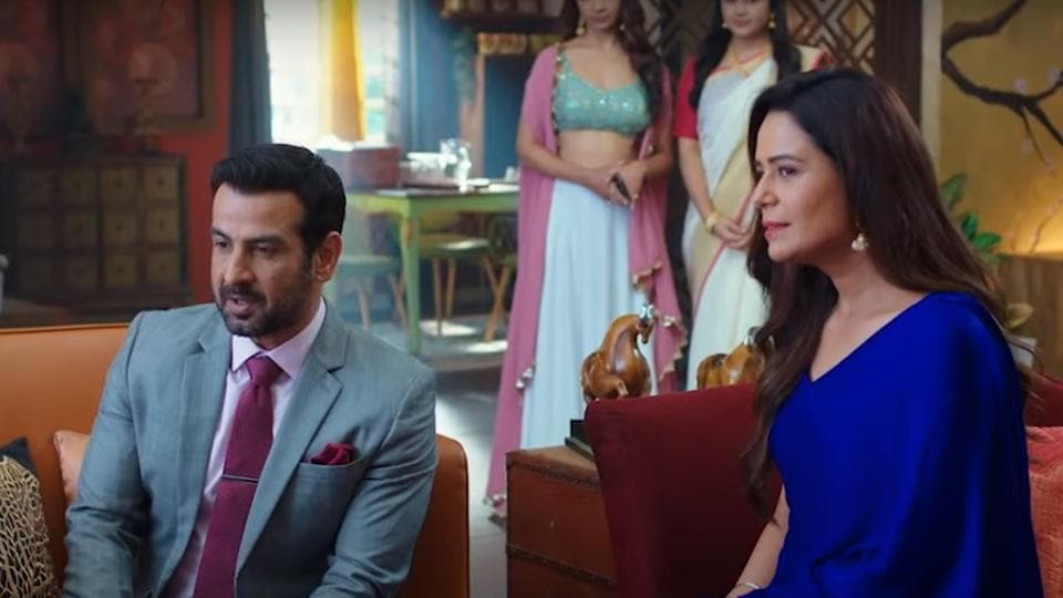 Ronit Roy and Mona Singh in a still from Kehne Ko Humsafar Hain season 3 trailer.