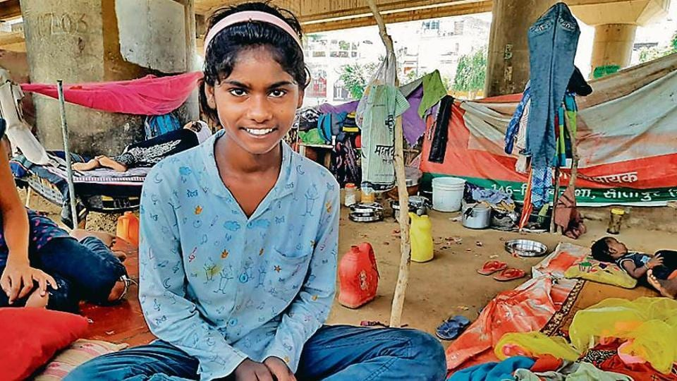 The youngest of 10 siblings, Ragini Bansal lives under a flyover in Lucknow with her mother, who works as a domestic help in the city.