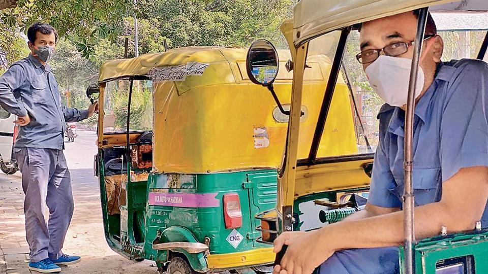 Delhiwale: An auto in Nehru Place