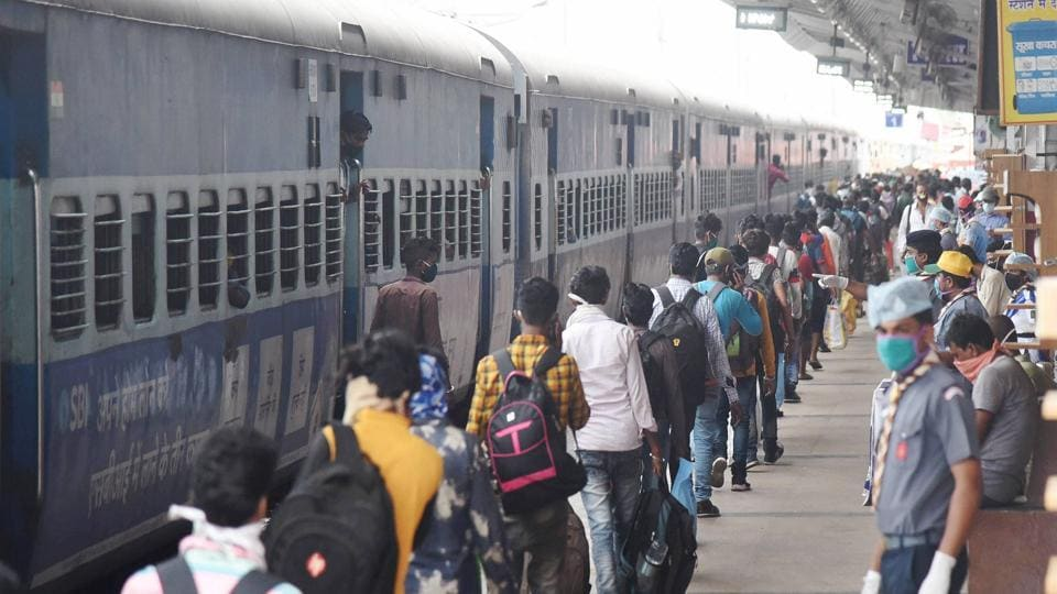 Officials at Darbhanga station confirmed that a train from Mumbai was expected to reach Darbhanga via Jhajha by mid night.