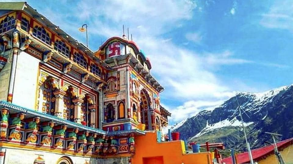 Preparations complete for the opening of the portals of Shri Badrinath Dham in Chamoli district of Uttarakhand.