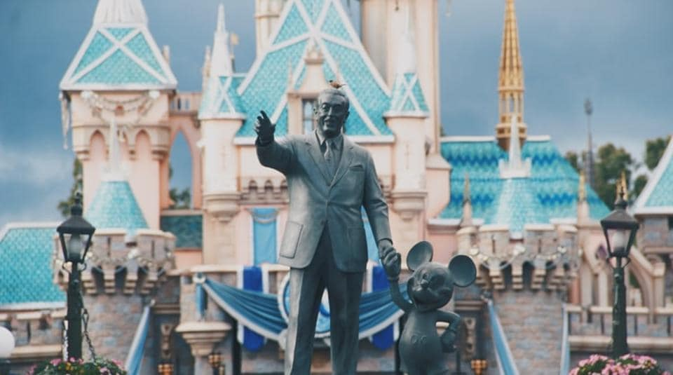 Florida's mighty theme-park industry is slowly cranking open its gates.