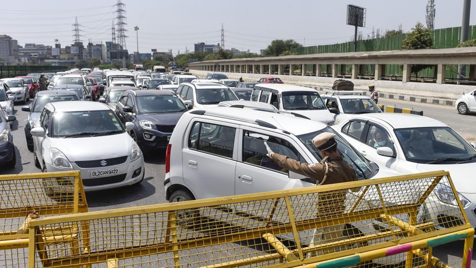 Commuters who travelled on both Friday and Saturday said that the congestion was far less on Saturday as compared to the previous day.