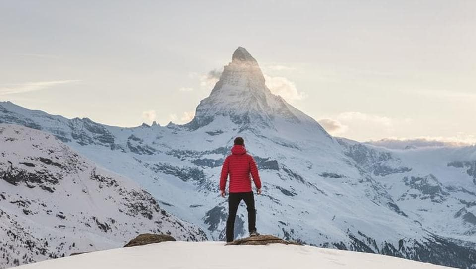 Researchers have found that populations living in higher altitudes, especially 3,000 meters (9,842 feet) above the sea level significantly report lower levels of coronavirus infections than their lowland counterparts.