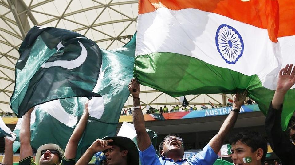 File image of India and Pakistan fans in a cricket match.