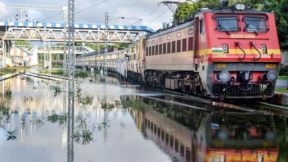 Allahabad: A train halts on inundated railway tracks following heavy rainfall, at a railway station in Prayagraj (Allahabad), Monday, Sept. 30, 2019. (PTI Photo) (PTI9_30_2019_000249A)