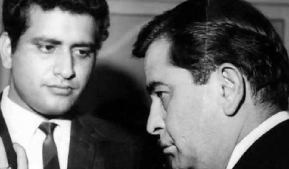 When Raj Kapoor cried in Manoj Kumar's lap