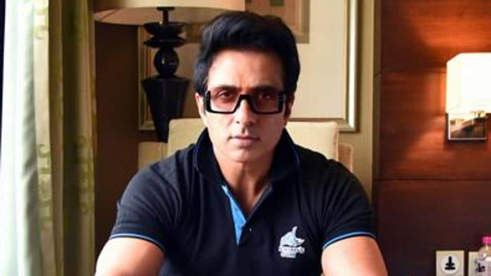 Sonu Sood had earlier arranged ten buses for 350 migrant workers to help them reach their homes in Karnataka.