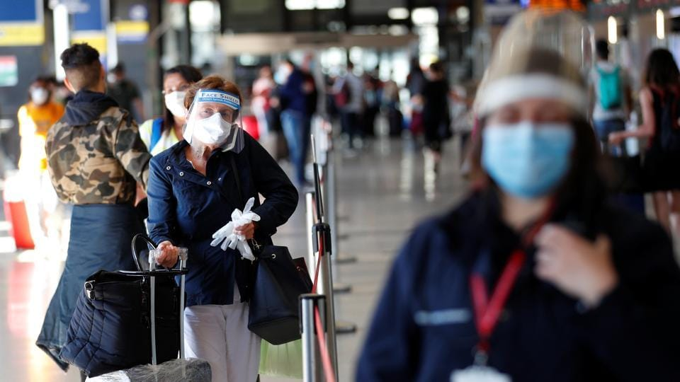 Italy will now allow travellers from other European Union states to enter without undergoing quarantines.