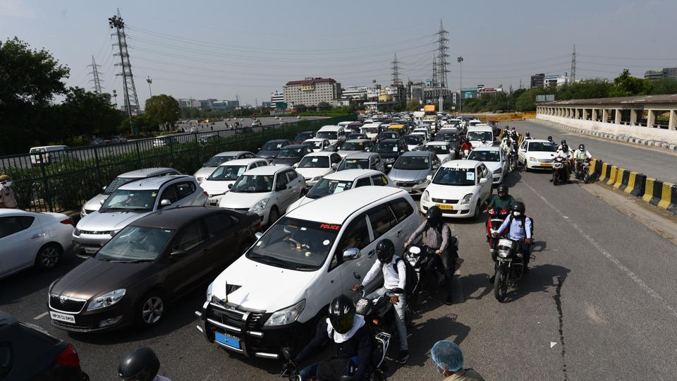 The Gurugram police checked movement passes until 9.30 am on Wednesday, which led to congestion for nearly 20 minutes before they received orders to remove the barricades.