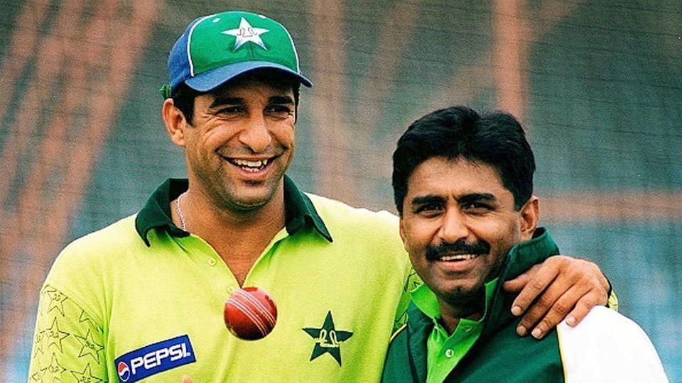 Wasim Akram (L) and Javed Miandad (R)