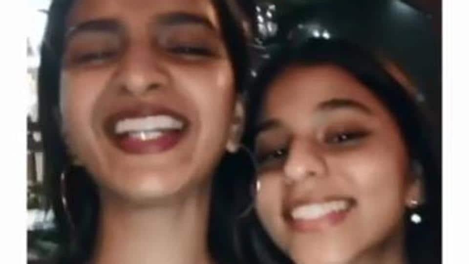 Suhana Khan and a friend sing Dheeme Dheeme.