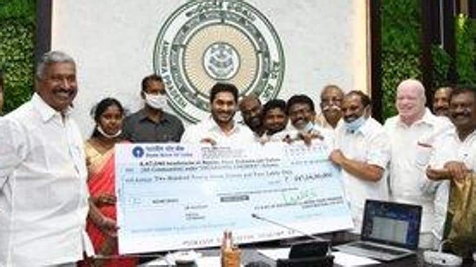 Speaking to beneficiaries over a video call, Andhra Pradesh CM Jagan Reddy said around 1.26 lakh tailors, 82,347 washer men and 38,767 barbers would benefit from the scheme.