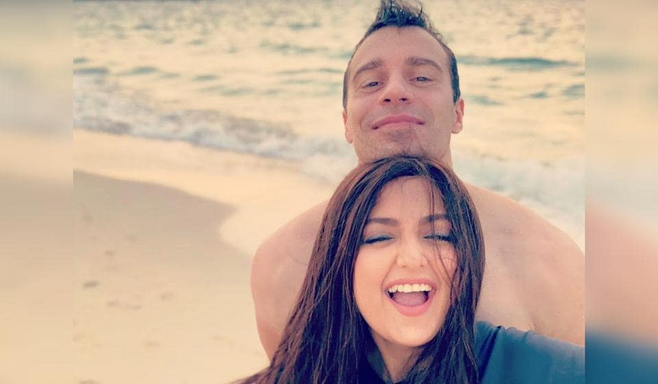 Monali Thakur and Maik Richter have been married since 2017.