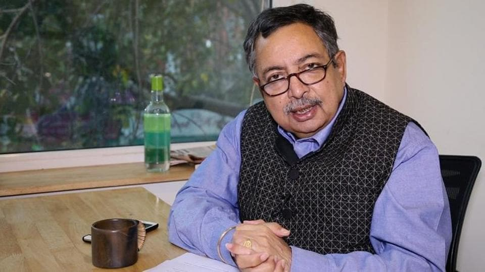 Himachal Pradesh police has started a probe on journalist Vinod Dua for criticising the lockdown on his YouTube channel.