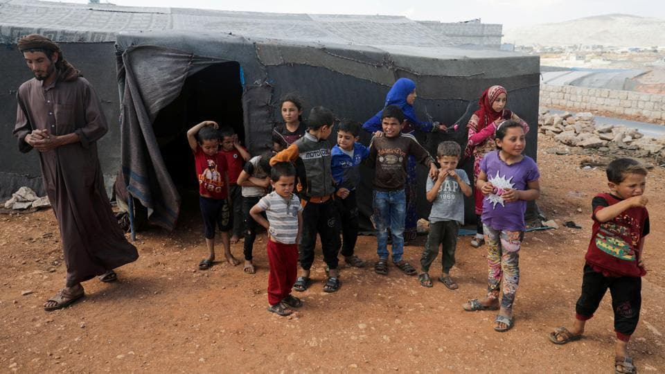 For Syrian Family With 16 Children Life At Turkish Border Only Gets Harder World News Hindustan Times