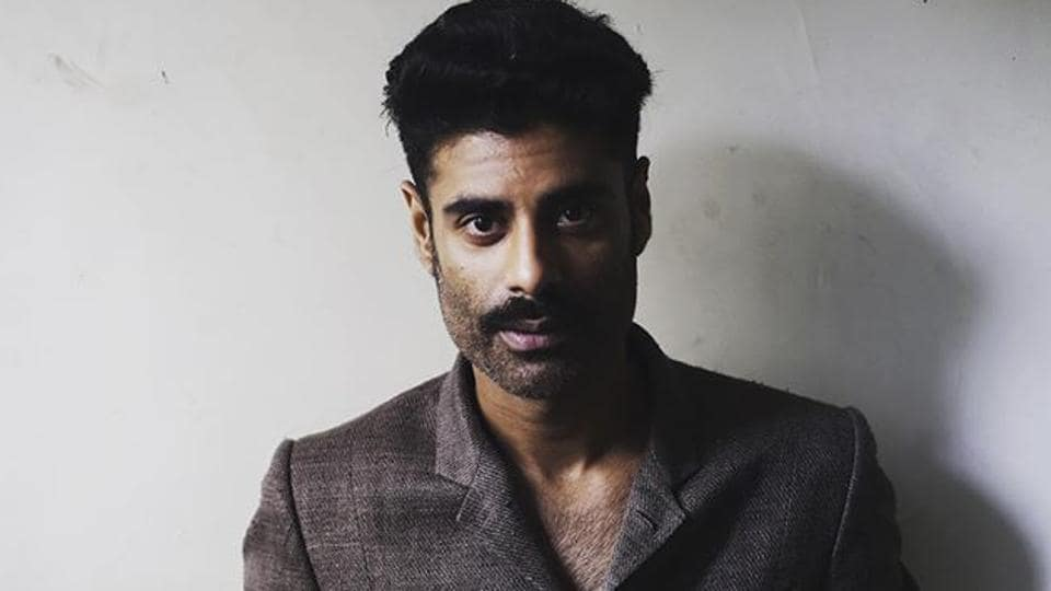 Actor Sikandar Kher says he is grateful for the very fact that he had a house to live in, in the lockdown.