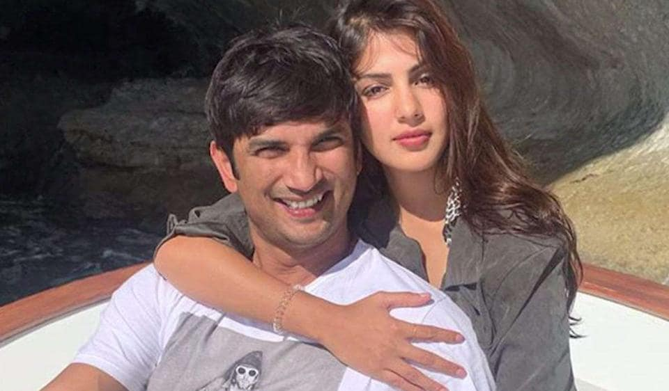 Sushant Singh Rajput and Rhea Chakraborty were rumoured to be in a relationship.