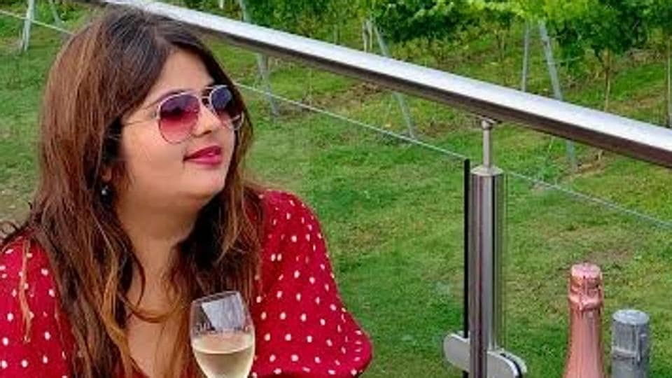 Devashree Sanghvi is one of the most popular Indian food and travel bloggers of Instagram.