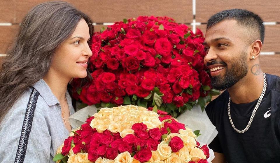 Hardik Pandya wowed Natasa Stankovic with roses.