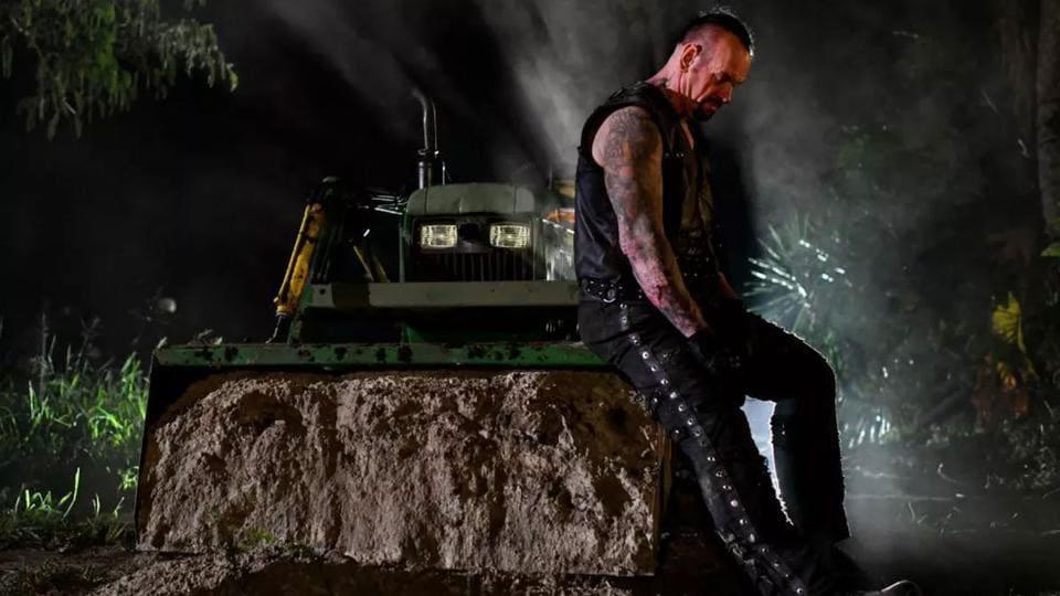 अंडरटेकर WWE से रिटायरमेंट की घोषणा करते हैं