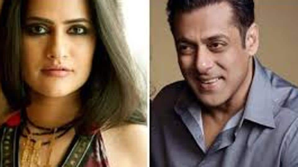 Sona Mohapara has reacted to Salman Khan's request to his fans to support Sushant Singh Rajput's fans.