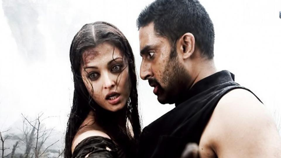 Abhishek Bachchan and Aishwarya Rai Bachchan in a still from Raavan.