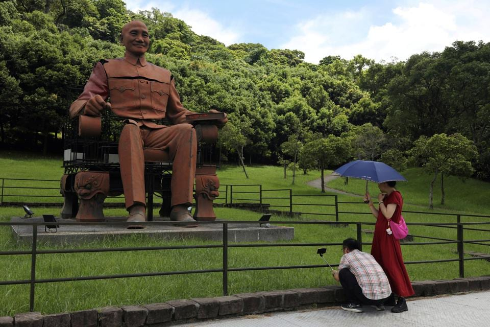 Taiwan's Chiang Kai-shek statues draw curious crowds - and controversy