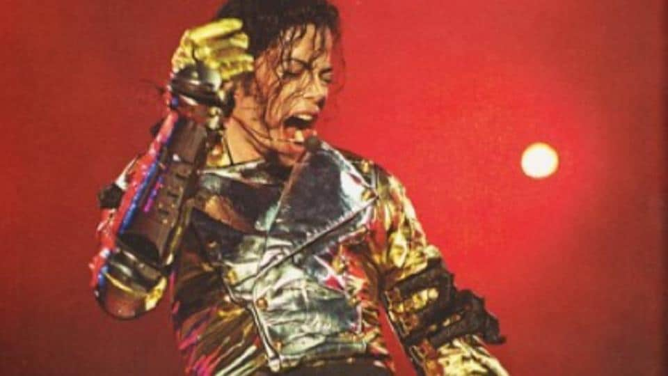 On June 6, 1997, Michael played the second of two shows on his HIStory tour in Bremen, Germany.