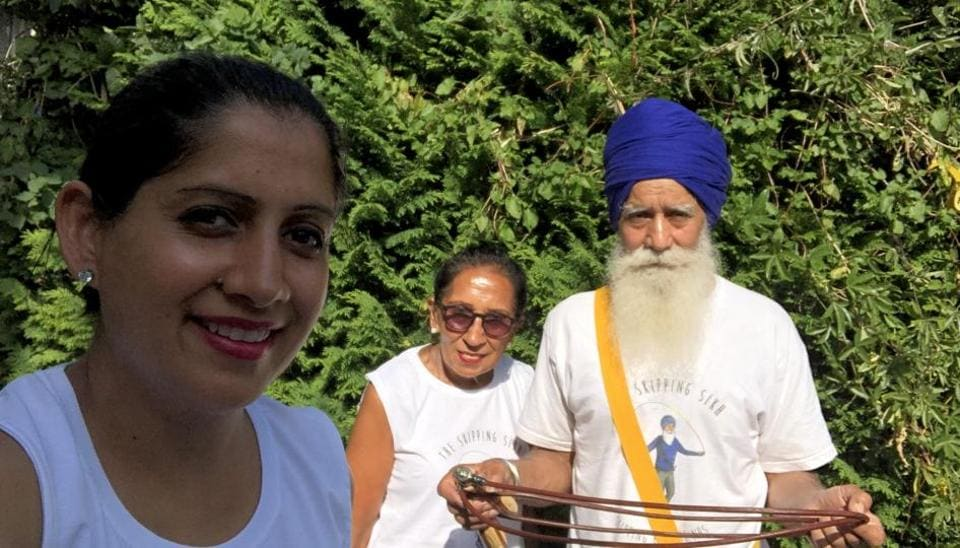 Rajinder Singh with his wife Pritpal Kaur and daughter Min Kaur.