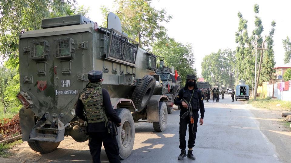 Photo of Three militants killed in Jammu and Kashmir's Pulwama district – india information