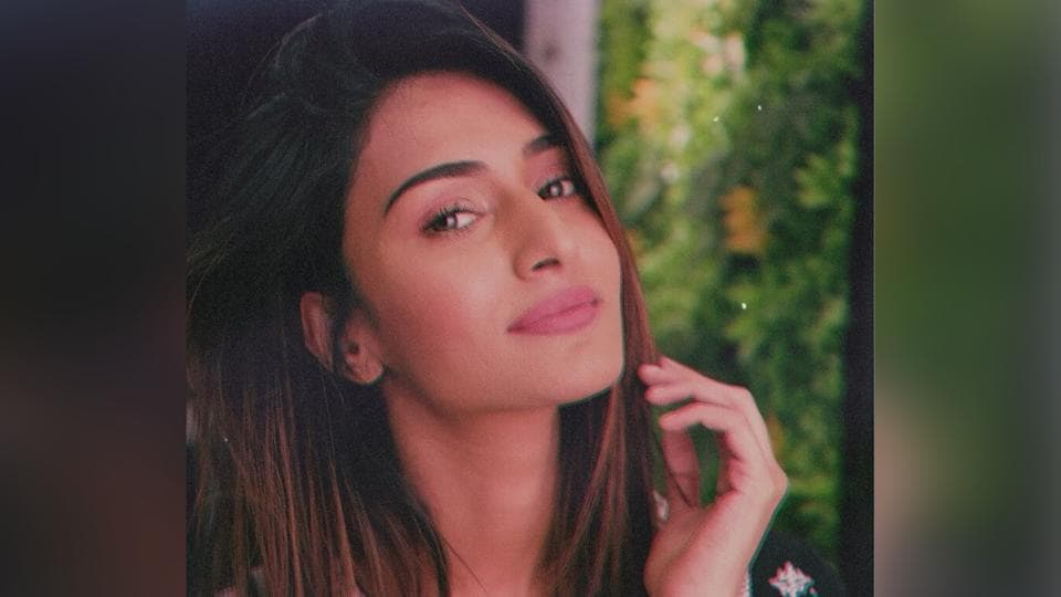 Erica Fernandes currently plays Prerna in the Kasautii Zindagii Kay reboot.